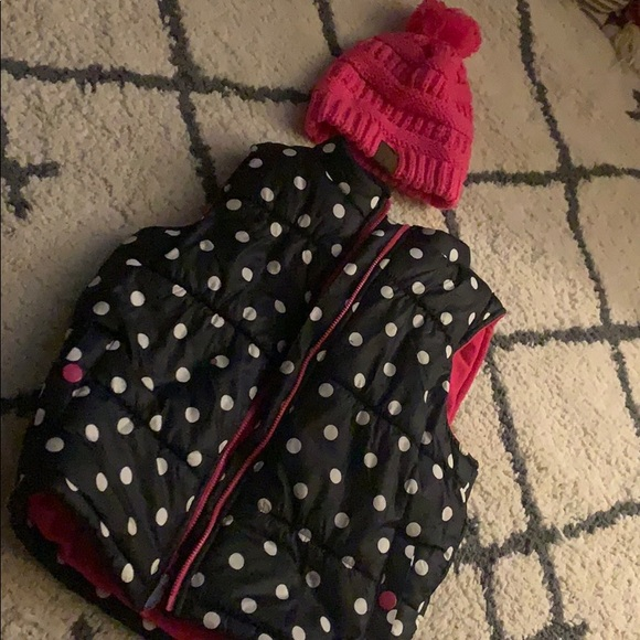 Carter's Other - Puffy vest and beanie